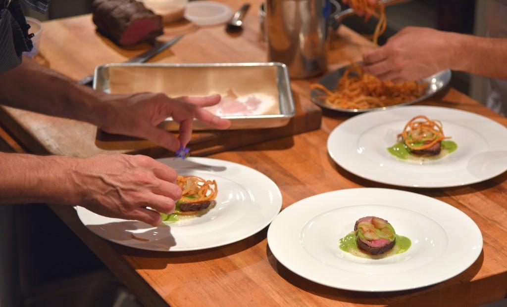 Prep-Smoked Angus Beef Tenerloin-Caramelized Onion Tarte-Confit Peral Onions-Crispy Onions Rings-DSC_6345