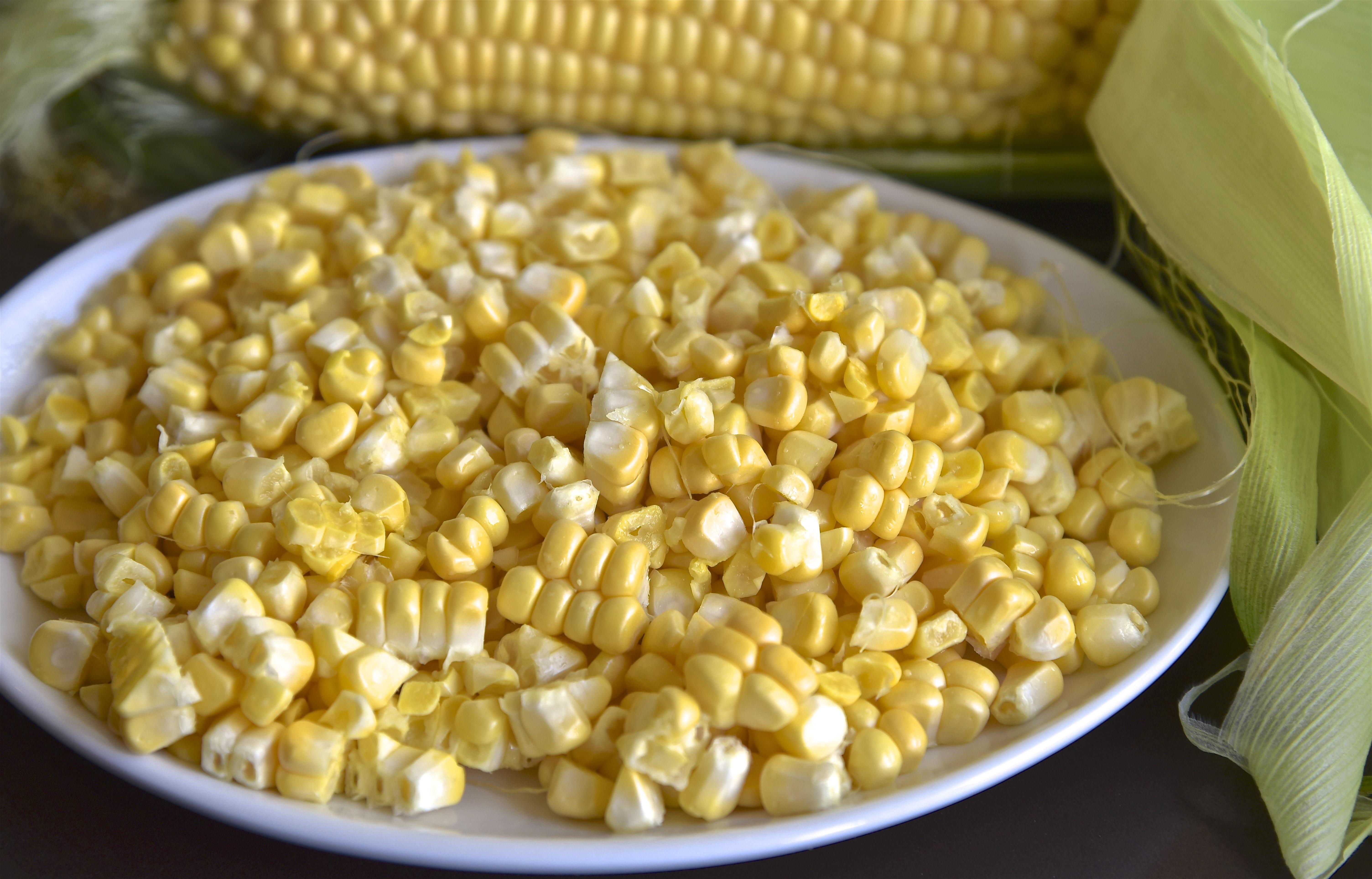 Shucked Corn Kernels